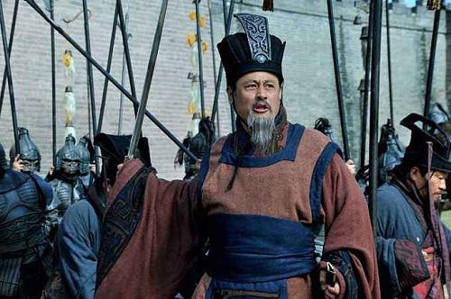 Tam Quốc: Tuân Úc một lòng tận trung Hán Thất nhưng vì sao lại phò trợ Tào Tháo chống lại Lưu Bị? - Ảnh 3.