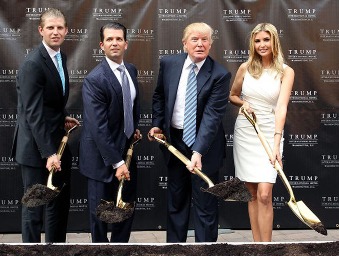 Gia đình nhà ông Donald Trump thay đổi như thế nào trong 10 năm qua? - Ảnh 7.
