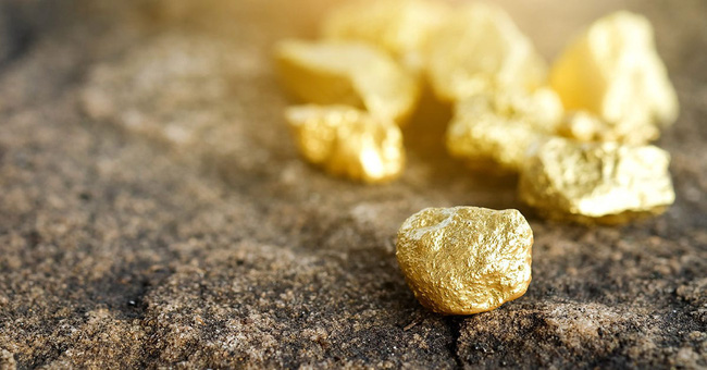 Từ câu chuyện Vàng là thứ khủng khiếp nhất đến bài học giúp thức tỉnh hội công sở xem tiền là chân lý - Ảnh 2.