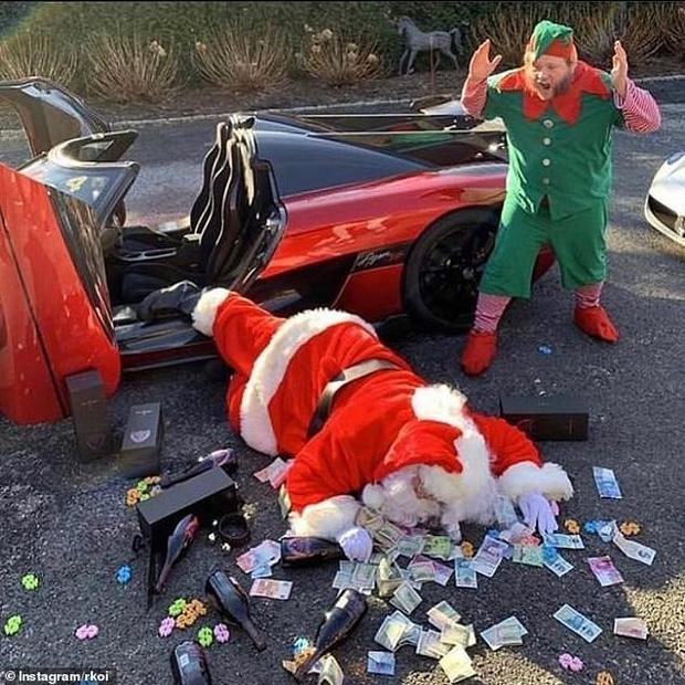 Hội rich kid đua nhau khoe ảnh Giáng sinh xa xỉ với phi cơ riêng, siêu xe bạc tỉ... khiến ai cũng phải lác mắt vì độ giàu có - Ảnh 1.