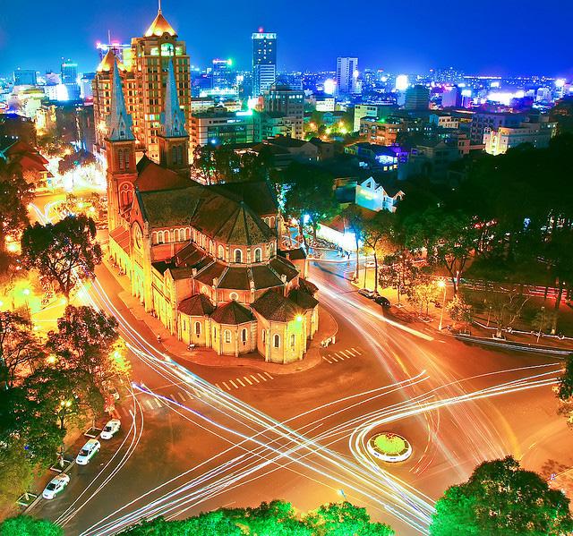 Những điểm lý tưởng đón Giáng Sinh, Noel tại Hà Nội và TP HCM - Ảnh 16.