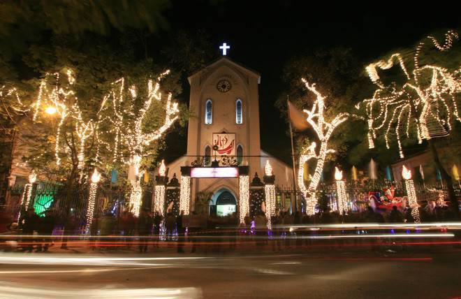 Những điểm lý tưởng đón Giáng Sinh, Noel tại Hà Nội và TP HCM - Ảnh 3.