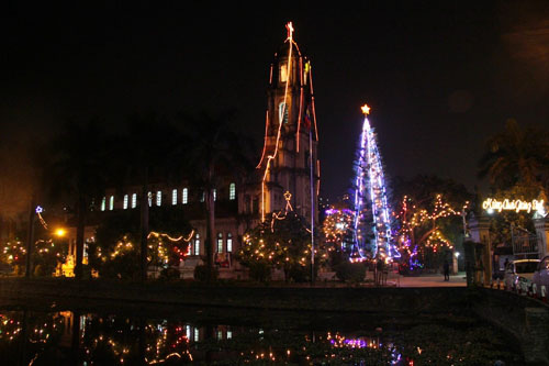 Những điểm lý tưởng đón Giáng Sinh, Noel tại Hà Nội và TP HCM - Ảnh 5.