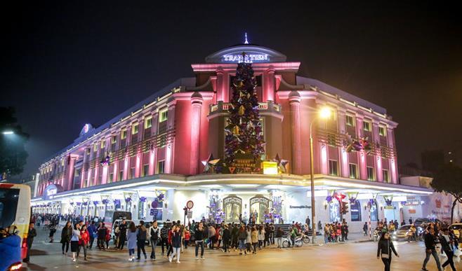 Những điểm lý tưởng đón Giáng Sinh, Noel tại Hà Nội và TP HCM - Ảnh 6.