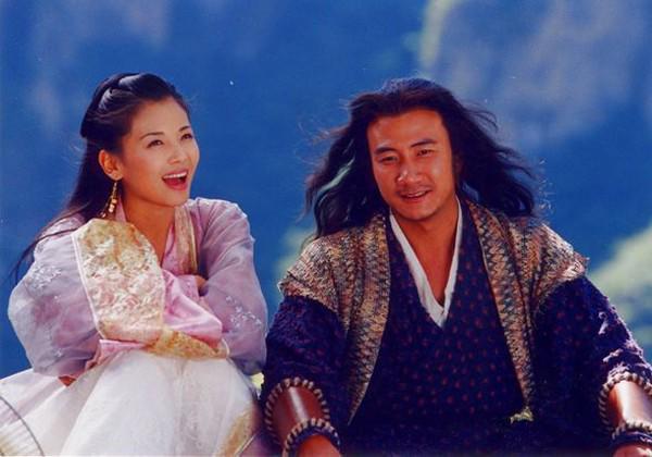 Kiều Phong đỉnh nhất Thiên long bát bộ: Cuộc sống gia đình đẹp hơn cả trên phim - Ảnh 1.