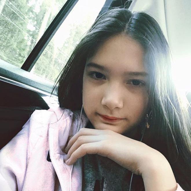 Hành trình lột xác thành thiếu nữ của em gái thủ môn Đặng Văn Lâm, xinh cỡ này chắc kén rể cực lắm đây - Ảnh 4.