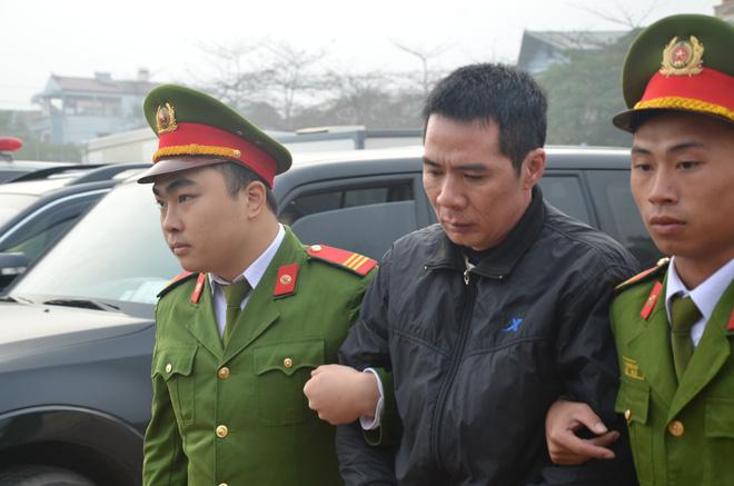 Xét xử vụ nữ sinh giao gà ở Điện Biên: Bùi Văn Công cho rằng chủ mưu còn đang nhởn nhơ ngoài xã hội... - Ảnh 13.