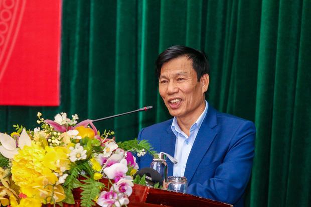 Bộ trưởng Bộ Văn hóa-Thể thao và Du lịch: Thấy Bùi Tiến Dũng bất ổn ông Park liền không dùng, đó mới là huấn luyện viên - Ảnh 2.