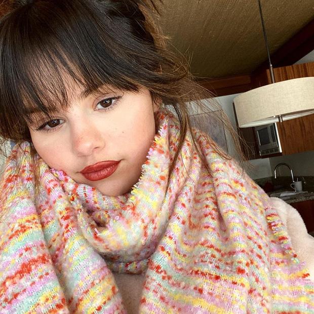 Đẳng cấp nhan sắc Selena Gomez: Đăng ảnh đời thường mà đẹp đến mức rinh ngay 5 triệu like - Ảnh 2.
