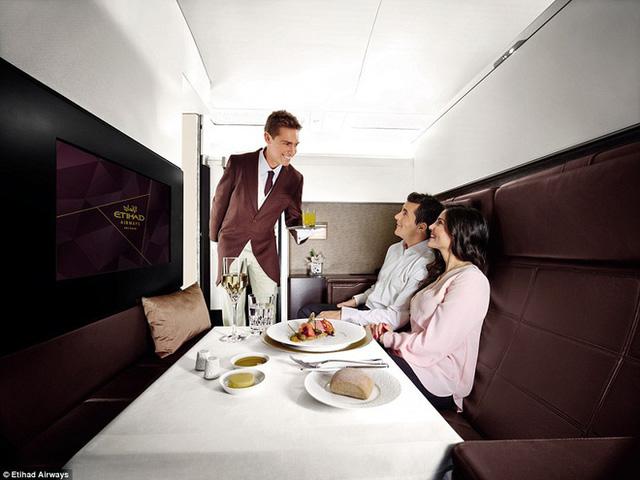 """10 chuyến bay đắt đỏ bậc nhất thế giới chỉ dành cho hội siêu giàu, nhìn ảnh thôi cũng tự thấy mình """"nghèo khổ"""" ghê! - Ảnh 20."""