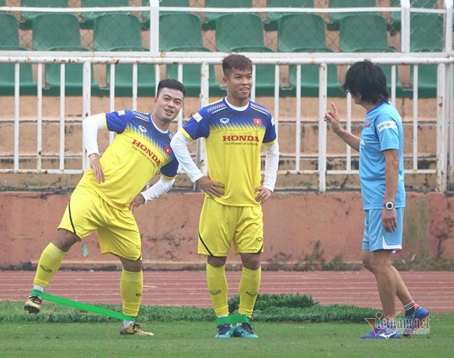 U23 Việt Nam trước ngày lên đường: Thầy Park phát cáu với thủ môn - Ảnh 3.