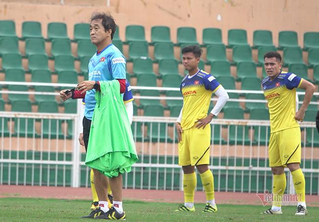 U23 Việt Nam trước ngày lên đường: Thầy Park phát cáu với thủ môn - Ảnh 6.
