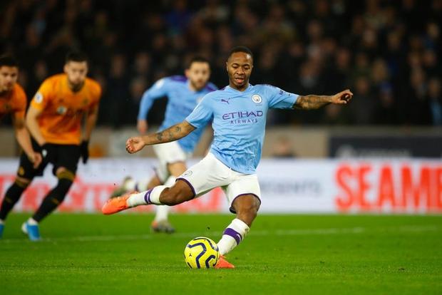 Thua ngược dù dẫn 2-0, Manchester City giương cờ trắng trong cuộc đua vô địch Ngoại hạng Anh - Ảnh 3.