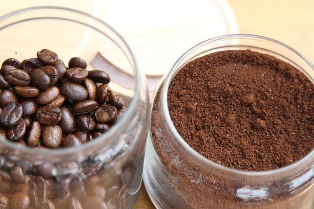 Bloomberg: Ngành cà phê Việt Nam tham vọng tăng gấp đôi giá trị xuất khẩu lên 6 tỷ USD, đẩy mạnh cà phê hòa tan cạnh tranh với ông lớn Nestle - Ảnh 1.
