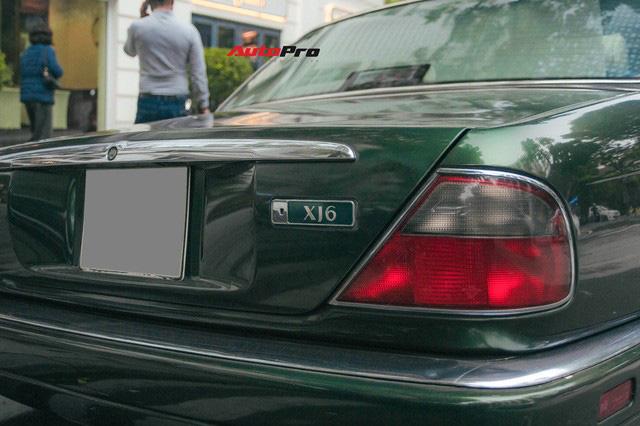 Jaguar XJ hơn 25 năm tuổi siêu hiếm xuất hiện tại Hà Nội, tình trạng xe khiến nhiều người ngạc nhiên - Ảnh 7.