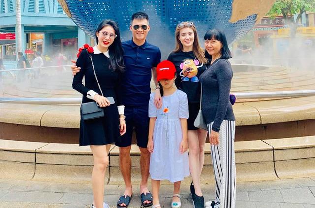 Công Vinh - Thủy Tiên: Hạnh phúc gia đình quan trọng hơn hào quang showbiz - Ảnh 2.