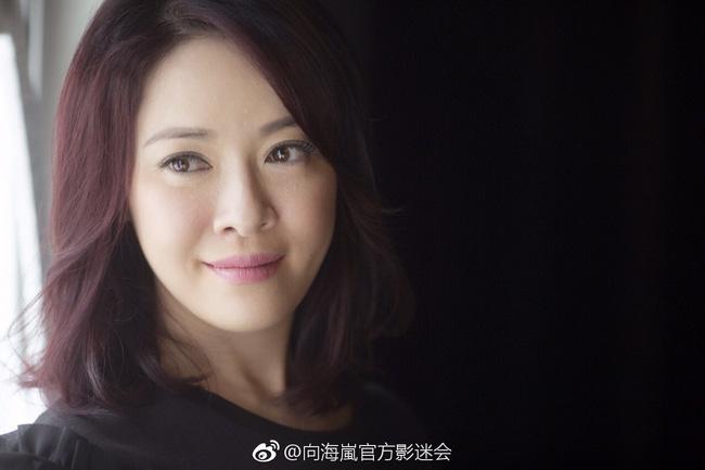 Cuộc sống hiện tại của những mỹ nhân quyết bỏ TVB dù đang nổi tiếng: Người chật vật kiếm sống qua ngày, người viên mãn bên đại gia - Ảnh 2.