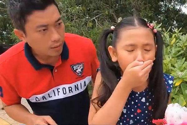 Kinh Quốc bất chấp mời sao nhí 10 tuổi tham gia thử thách ăn gây tranh cãi - Ảnh 1.