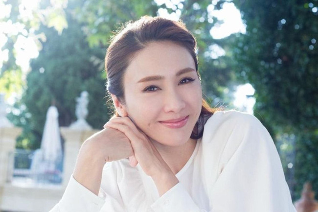 Cuộc sống hiện tại của những mỹ nhân quyết bỏ TVB dù đang nổi tiếng: Người chật vật kiếm sống qua ngày, người viên mãn bên đại gia - Ảnh 12.