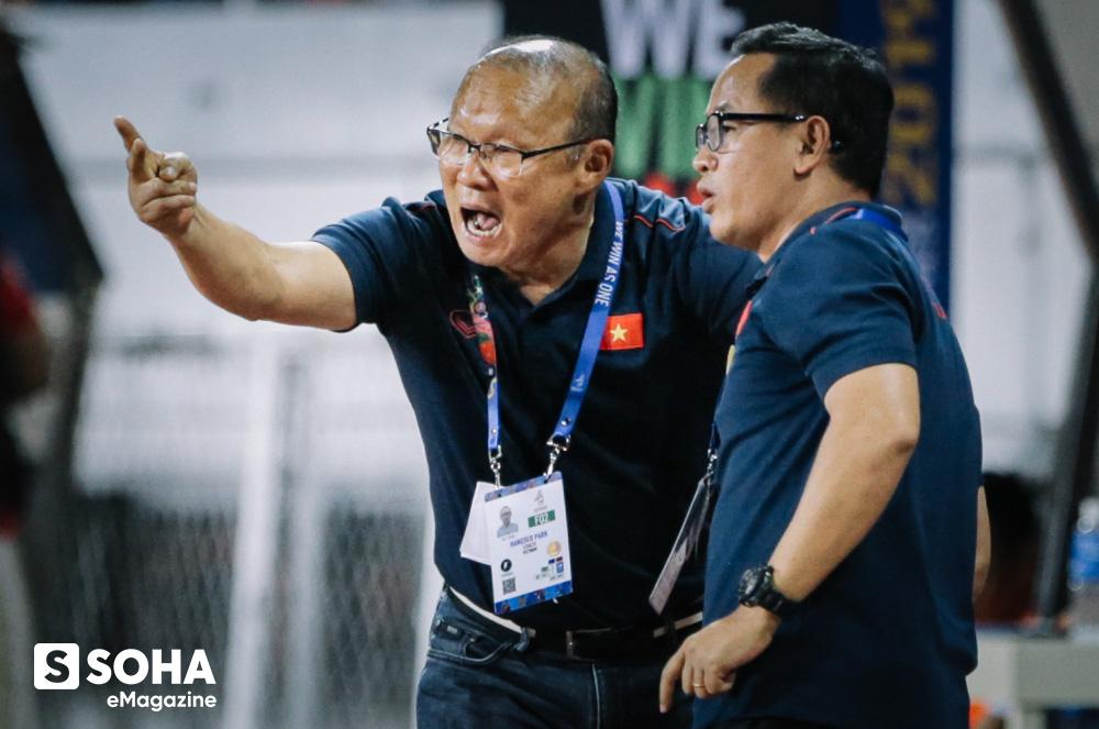 Trợ lý ngôn ngữ Lê Huy Khoa: Ông Park từng phát bực vì sự im lặng của cầu thủ Việt Nam - Ảnh 6.