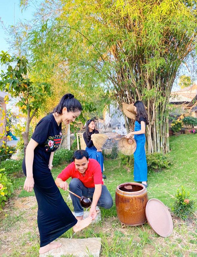Cận cảnh cơ ngơi 1600m2 ở Tây Ninh của em trai Quyền Linh - Ảnh 9.