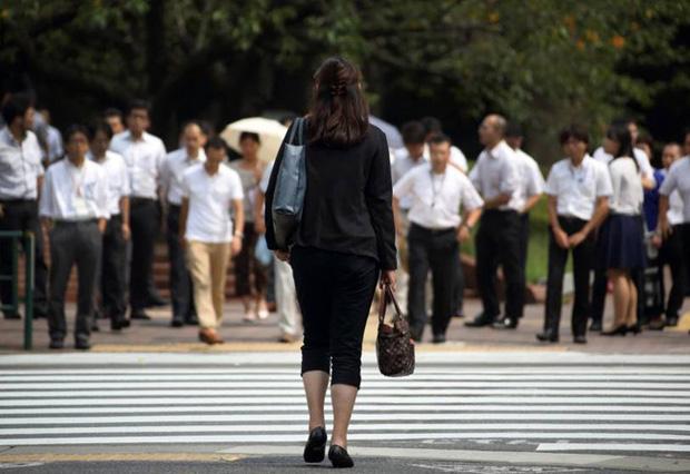 Vì sao người lao động tại Singapore, Tokyo và Kuala Lumpur làm việc như không nghỉ? - Ảnh 1.