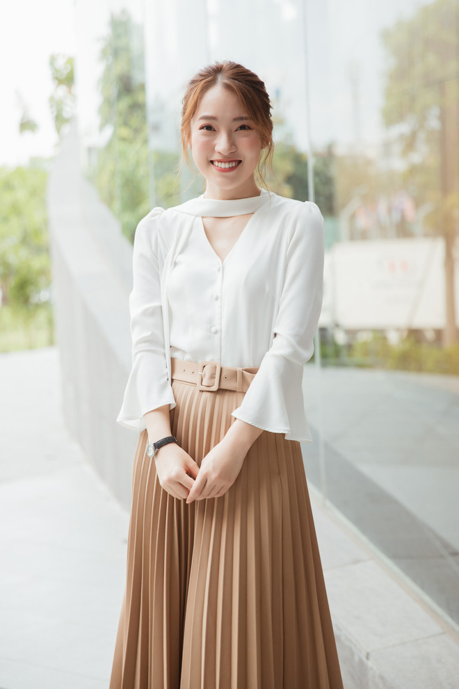 Hotgirl Khánh Vy chia sẻ 50 điều làm được ở tuổi 20: Mua xe, mua đất cho bố mẹ, 7 thứ tiếng, kênh Youtube... - Ảnh 4.