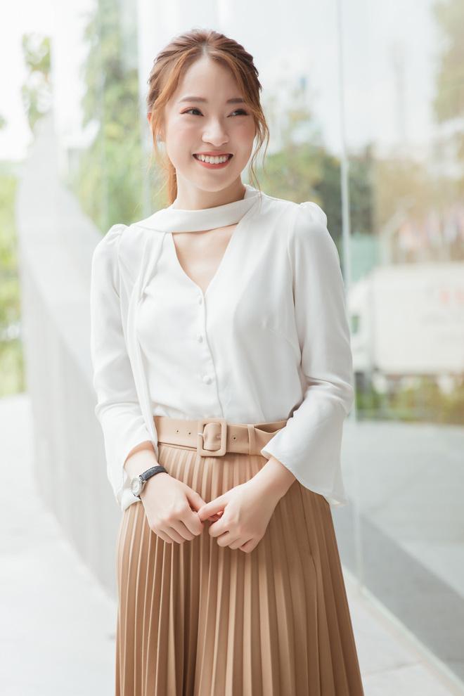 Hotgirl Khánh Vy chia sẻ 50 điều làm được ở tuổi 20: Mua xe, mua đất cho bố mẹ, 7 thứ tiếng, kênh Youtube... - Ảnh 5.