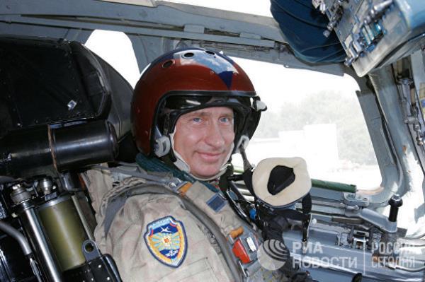 20 năm cầm quyền và những bức ảnh đậm chất Putin - Ảnh 5.
