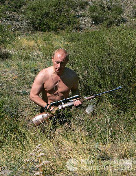 20 năm cầm quyền và những bức ảnh đậm chất Putin - Ảnh 9.