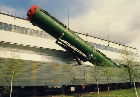 """Bí ẩn """"Đoàn tàu hạt nhân"""" Nga, nỗi sợ hãi của Hoa Kỳ - Ảnh 1."""