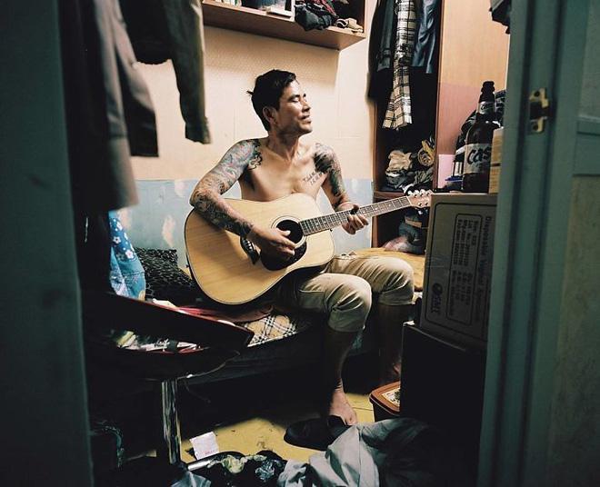 Bộ ảnh lột tả sự thật trần trụi về một tầng lớp người Hàn Quốc sống trong những căn nhà hộp chật chội, tù túng đến nghẹt thở - Ảnh 11.