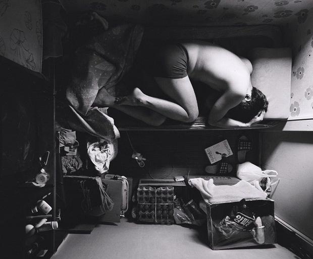 Bộ ảnh lột tả sự thật trần trụi về một tầng lớp người Hàn Quốc sống trong những căn nhà hộp chật chội, tù túng đến nghẹt thở - Ảnh 5.