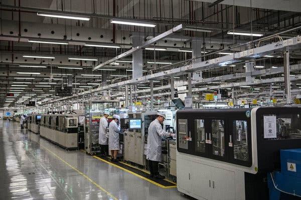 Huawei đã đánh mất lòng tin của người dùng Trung Quốc như thế nào - Ảnh 2.
