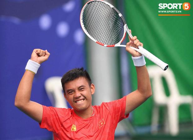 Bản lĩnh như soái ca quần vợt Việt Nam: Bị trọng tài xử ép khi đối đầu tay vợt chủ nhà nhưng vẫn ngược dòng ngạo nghễ để tạo nên trận chung kết toàn Việt Nam - Ảnh 2.