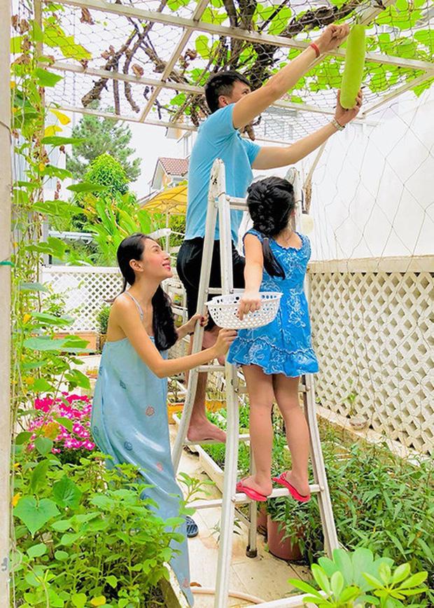 Dàn sao Ngôi nhà hạnh phúc sau 10 năm: Cả dàn hack tuổi, Minh Hằng kín tiếng bên đại gia, Lam Trường cưới vợ kém chục tuổi - Ảnh 11.