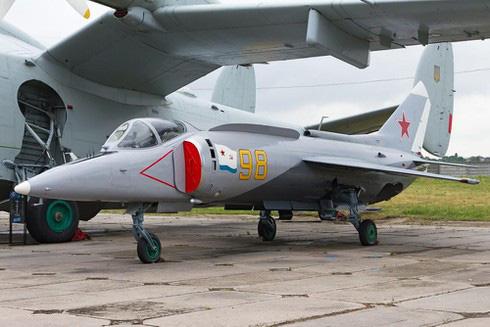 """Nga """"hồi sinh"""" máy bay chiến đấu Yak-141 có thể diệt gọn F-35B của Mỹ? - ảnh 2"""