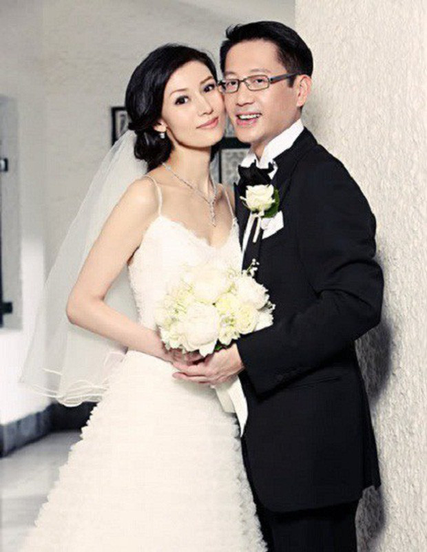 Hoa hậu đẹp nhất lịch sử Hong Kong: Bỏ tài tử nổi tiếng, lao vào các cuộc tình vật chất với đại gia - Ảnh 9.