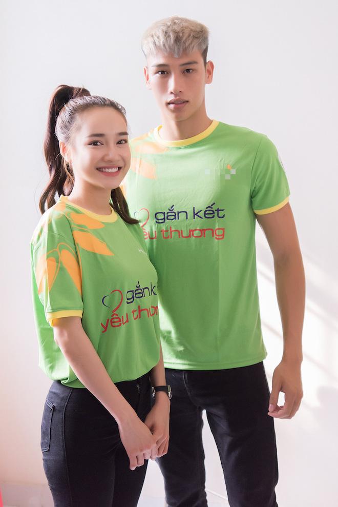 Nhã Phương, Phương Thanh và 2 trai đẹp Mister Việt Nam đi làm từ thiện - ảnh 2