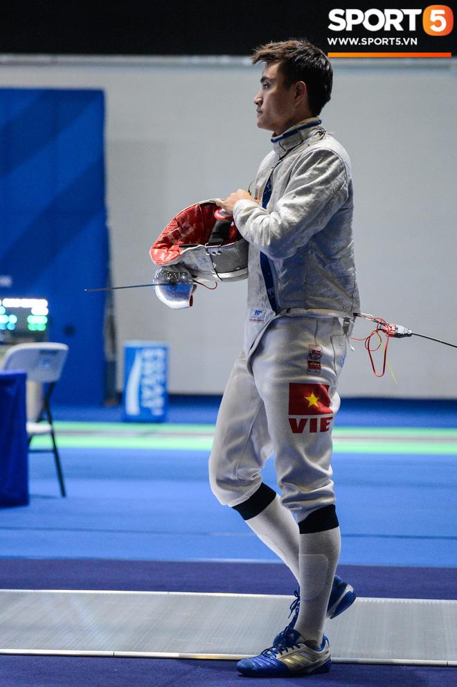 Bất chấp Thái Lan giở chiêu trò, nam thần đấu kiếm Vũ Thành An cùng đồng đội vẫn giành tấm huy chương vàng thứ 3 tại SEA Games 30 - Ảnh 18.