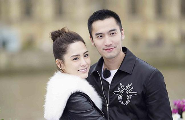 Vướng tin đồn ăn chơi trác táng cặp kè hot girl, chồng Chung Hân Đồng lên show kể không đủ tiền mua nhẫn cưới  - Ảnh 2.