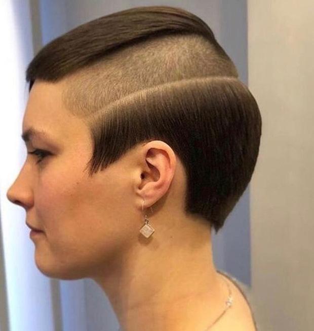 20 kiểu đầu độc dị chứng minh đừng ai dại mà làm phật lòng anh thợ cắt tóc những khi muốn thay đổi diện mạo mới - Ảnh 9.