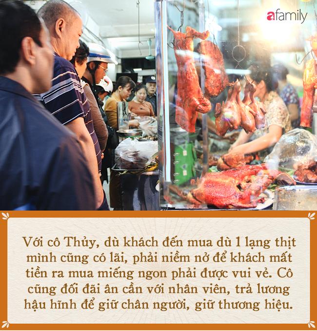 Bí mật thành công của hàng thịt quay lâu đời nhất Hà Nội, hơn 50 năm vẫn khiến khách xếp hàng dài như trẩy hội mỗi chiều - Ảnh 8.