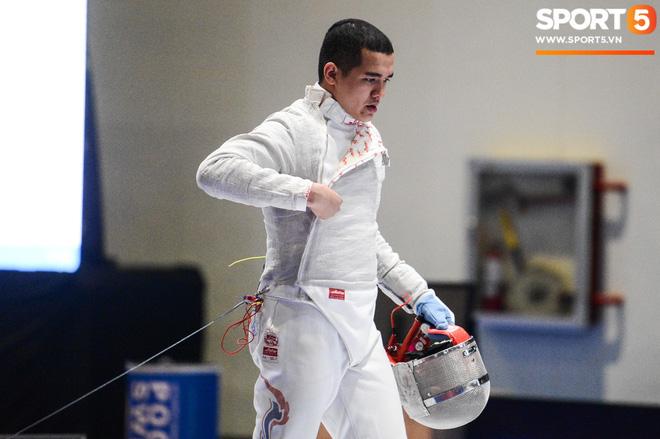Bất chấp Thái Lan giở chiêu trò, nam thần đấu kiếm Vũ Thành An cùng đồng đội vẫn giành tấm huy chương vàng thứ 3 tại SEA Games 30 - Ảnh 9.