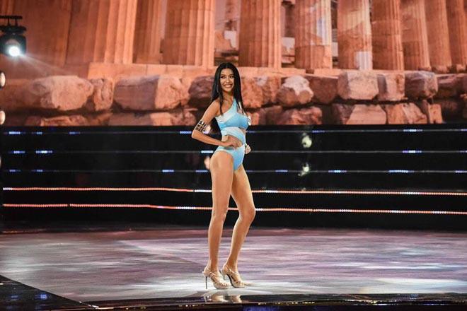 BTC Hoa hậu Hoàn vũ Việt Nam lên tiếng về sự cố nhạy cảm của Thúy Vân - Ảnh 1.