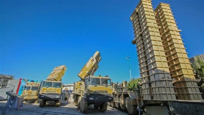 CẬP NHẬT: Tàu sân bay Mỹ tiến sát căn cứ quân sự Nga tại Syria - Tên lửa phòng không Nga bắn hạ UAV Mỹ tại Libya? - Ảnh 17.