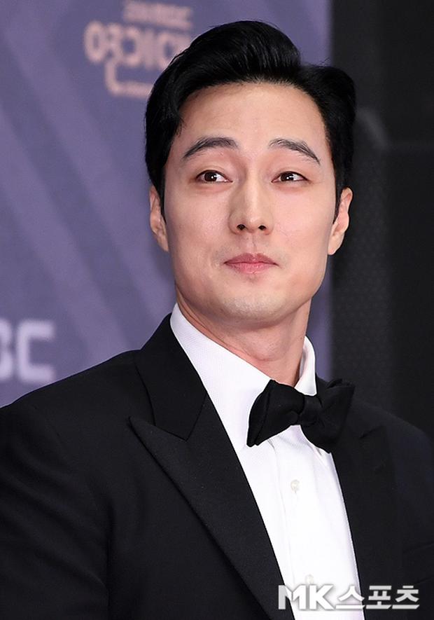"""Đại gia bất động sản mới của Kbiz: Tài tử So Ji Sub bất ngờ bán toà nhà ở Gangnam với giá """"trên trời"""", lãi 47 tỷ đồng - Ảnh 2."""