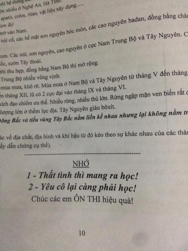 Đang làm bài kiểm tra đọc được lời nhắn nhủ của thầy giáo, học sinh chưa kịp vui thì chưng hửng vì pha troll cực mạnh - Ảnh 3.