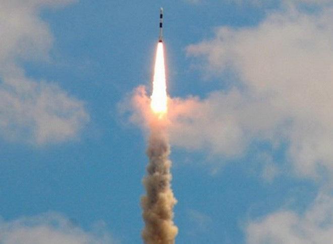 Iran tăng mức báo động sau khi Israel thử tên lửa bí ẩn - Ảnh 8.