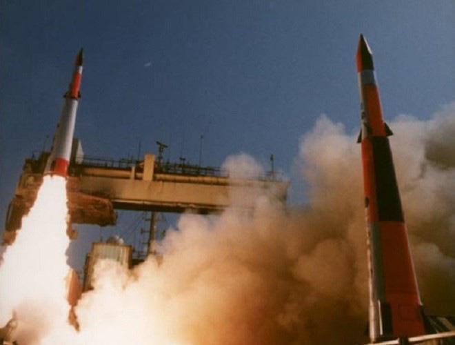 Iran tăng mức báo động sau khi Israel thử tên lửa bí ẩn - Ảnh 9.